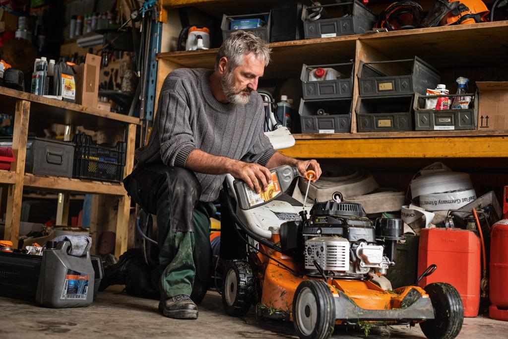 stihl lawnmower service
